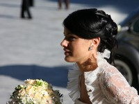 Ideal Mariaj va sfatuieste: Coafura in functie de rochia de mireasa
