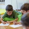 Ce cursuri extraşcolare ar alege părinţii pentru copiii lor şi de ce
