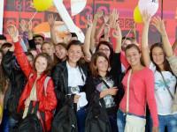 """KFC şi Pizza Hut au strâns 70.000 euro pentru programul """"Vreau în clasa a noua"""" al World Vision România"""